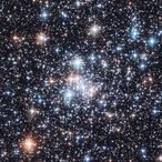 Stellar clusters like NCG 290, an open cluster in the Small Magellanic Cloud, are a main subject of research in the stellar evolution group, as they allow stringent tests of the theory of stellar structure.<br /><br />